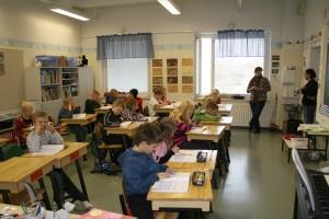 Kirkonkylän-koulu