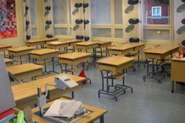 (20.2.2014) Erityisluokan oppilaat olivat koko päivän ilman opettajaa