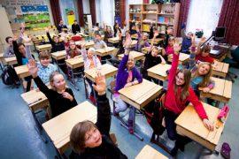(29.9.2014) Koululaisten saaman opetuksen määrässä eroja – osa kunnista karsii nyt ylimääräisiä tunteja